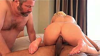 Cum Eating Cuckolds - Cindy Lou makes her soon ex-hubby a cuckold