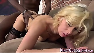 Babe cuckolds for cum